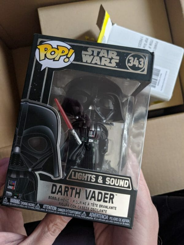 Dec 2019 Unboxing Darth Vader Lights and sounds