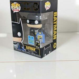 batman with convention bag funko