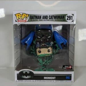 batman and catwoman deluxe funko pop!